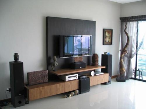 Wall Mounted TV with Minimalist Furniture in Small Living Room Design Idea